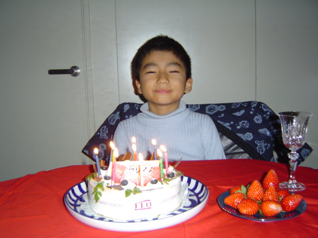 おにいちゃんの誕生日ケーキ